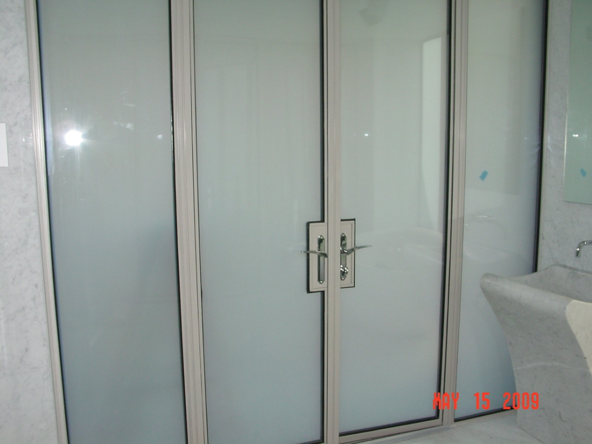 Custom Mirrors For Your Home Or Commercial Business In New
